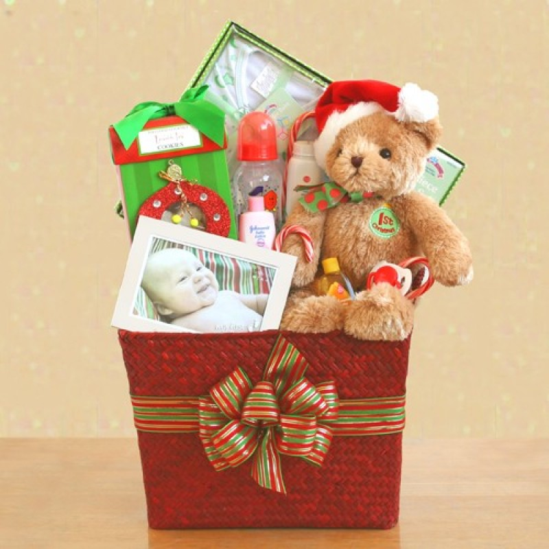 Babys First Christmas Gifts: Baby's First Christmas Gift Basket